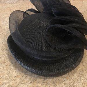 Black tunnel hat